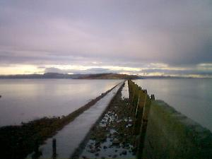 As luck had it, the timing of our visit to Cramond  Island was perfect.  The tide was almost at the low point, so we could  walk across to Cramond Island.