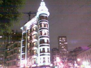 A few times I\'ve seen this building, on Columbus and  Broadway(?) and I finally got a nice picture of it.
