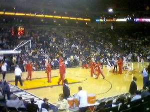 I\'m *finally* at an NBA game: Warriors vs ROCKETS! OH YES!!!