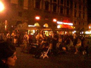 ... is music night, in Pizza la Repubblica.