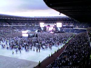 The last of the Live8 concerts as it happens. Thanks to Duncan for the stadium photos. (richlloyd)